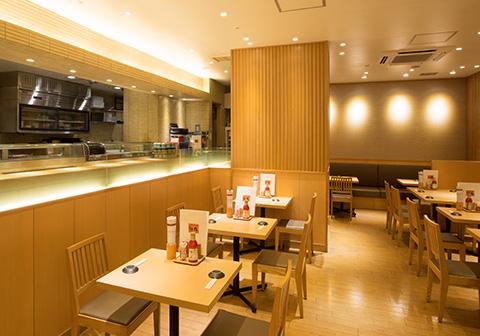 寿司食べ放題の雛鮨ヤマダ電機LABI1池袋店の内観
