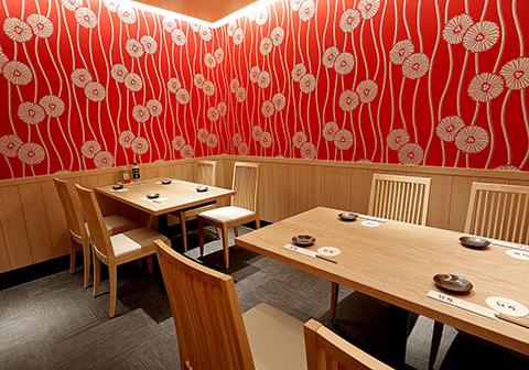 寿司食べ放題の雛鮨 六本木店の内観